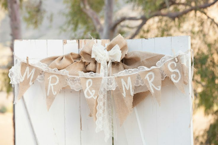 Rustic Wedding Ideas Using Burlap